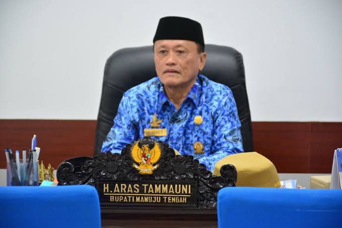 Bupati Mamuju Tengah, H. Aras Tammauni