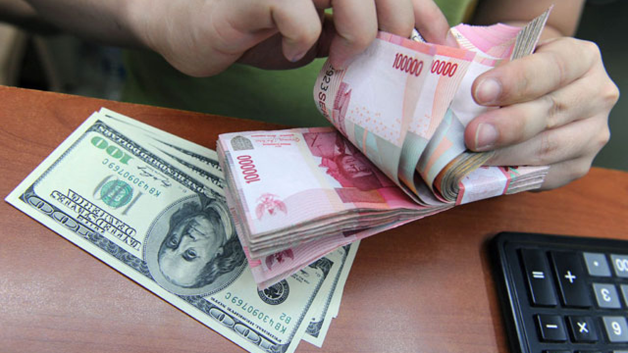 Gambar Rupiah Menguat Terhadap Dolar AS Pagi Ini