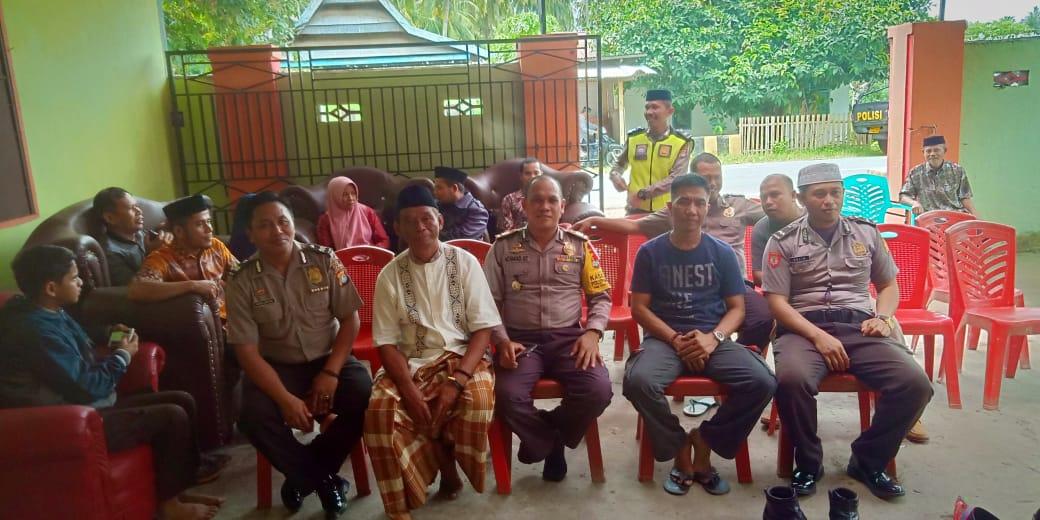 Gambar Begini Polsek Sendana Menghargai Purnawirawan