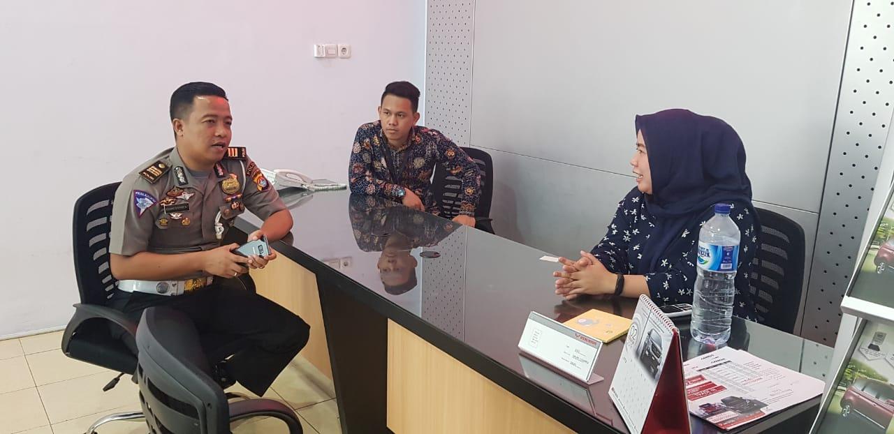 Gambar Sukseskan MRSF 2019, Dit Lantas Polda Sulbar Sosialisasi di Dealer