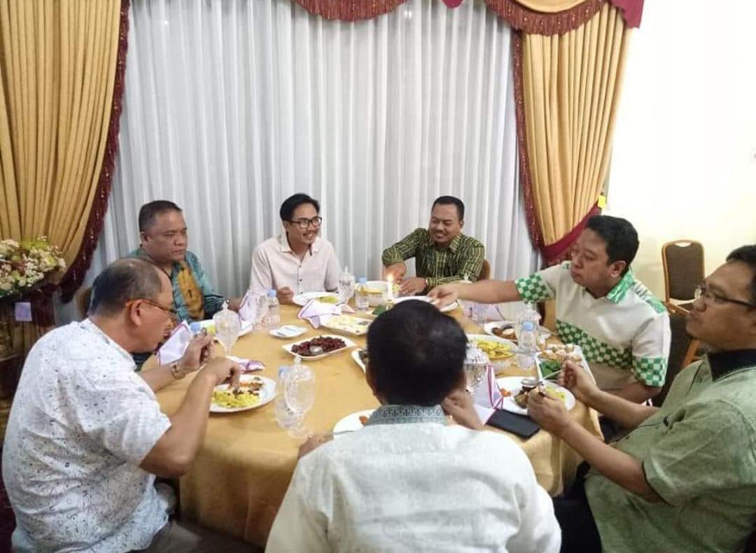 Ketua Umum PPP Romi bersama H. Muflih dan Bupati Majene, Fahmi Massiara dan juga Ketua DPW PPP Sulbar.