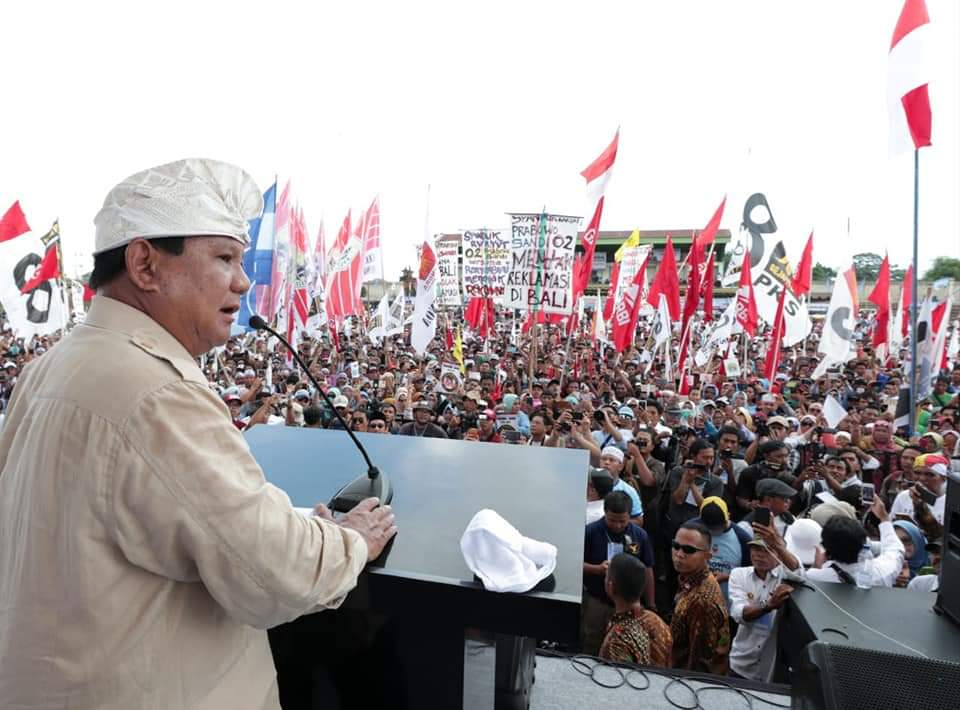 Prabowo: Kita Joget Jika Difitnah