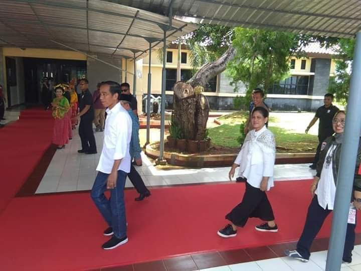Jokowi Tiba di Bandara Tampa Padang Mamuju, Sulbar