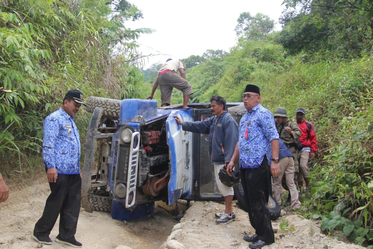 img Breaking News : Bupati Majene dan Rombongan Kecelakaan