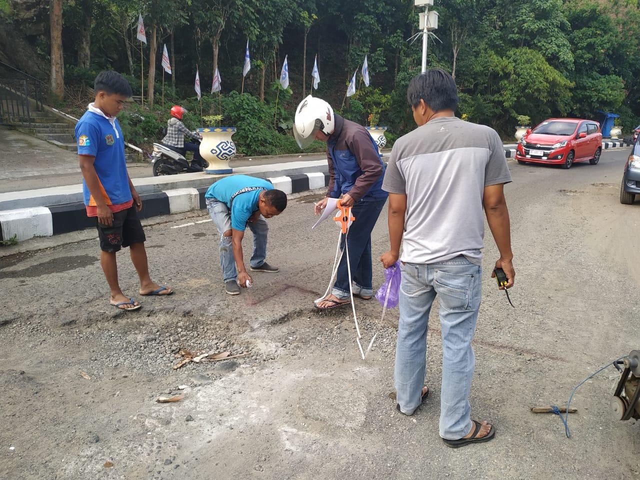 img Jalan Rusak di Jalan Soekarno Hatta Mulai Diperbaiki