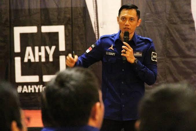 img AHY Soroti Nasib Honorer Tak Diangkat PNS di Era Jokowi
