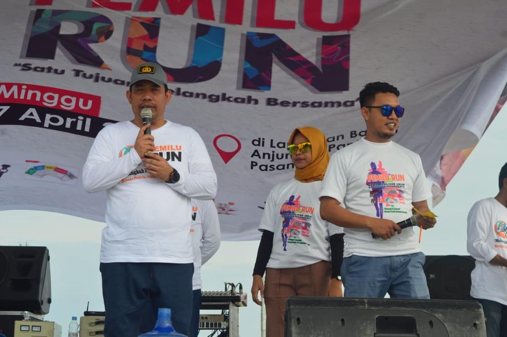 Bersama Dandim dan KPU, Kapolres Matra Gelar Pemilu Run 2019