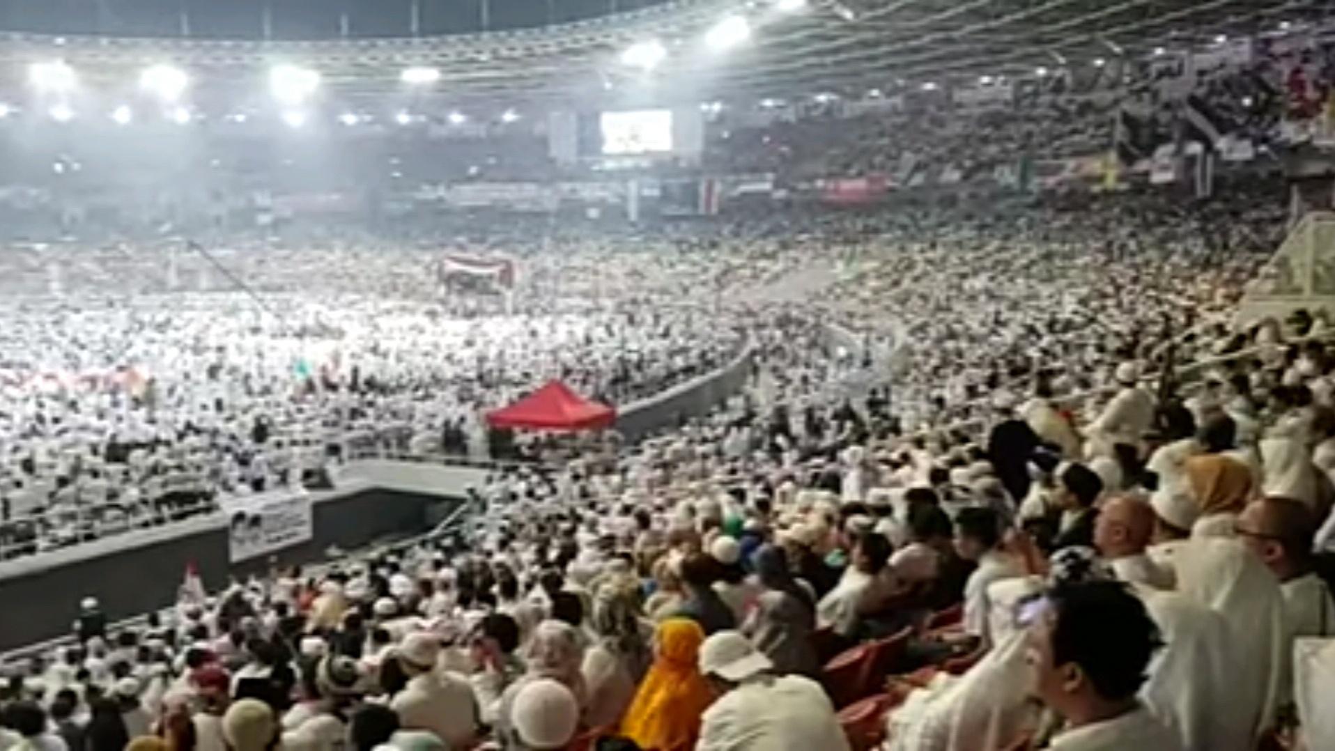 Gambar Prabowo: Satu Juta Lebih Orang Hadir di GBK