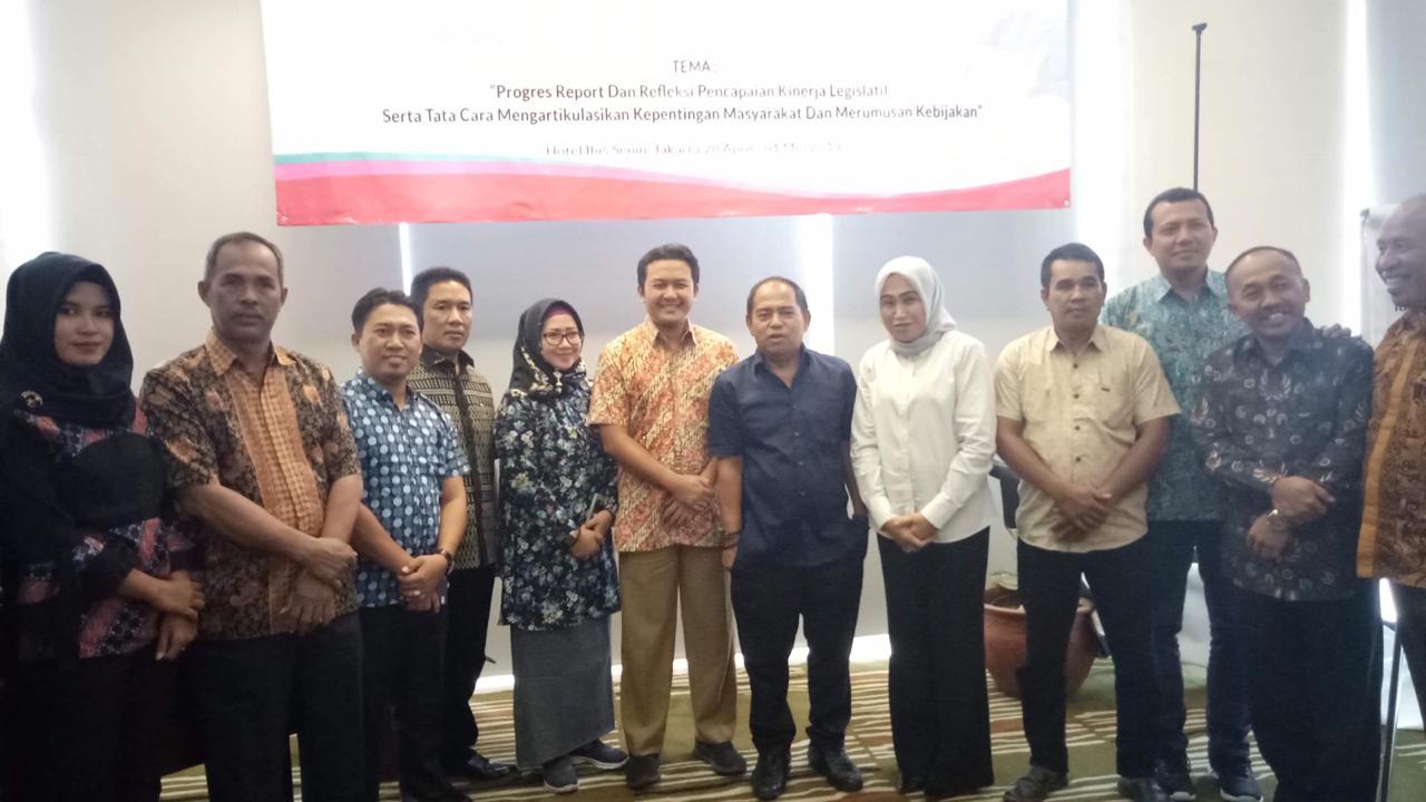 img Ketua DPRD Pasangkayu Hadiri Workshop Nasional Adkasi