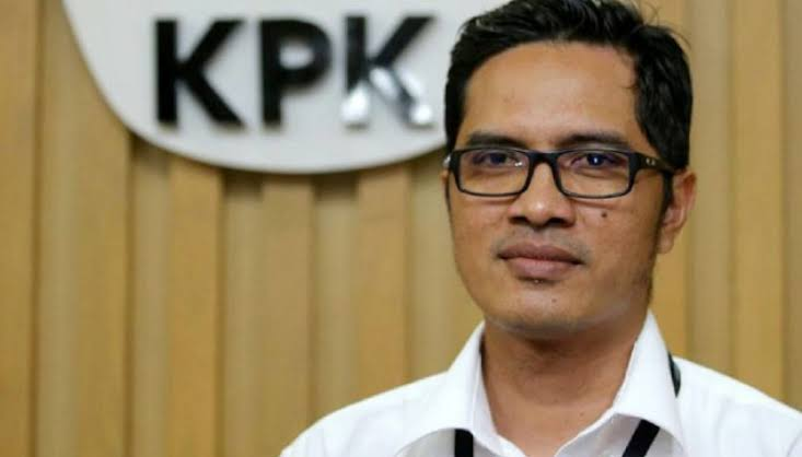 Tangkap Gubernur Kepri, KPK Amankan 6 Ribu Dolar Singapura