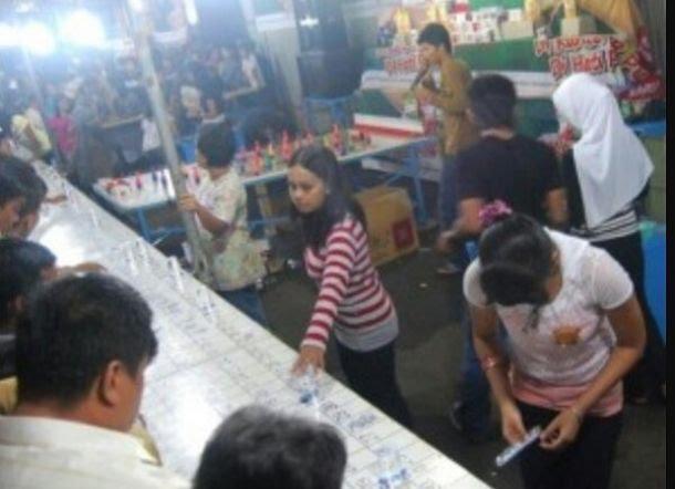Menelisik Judi Terselubung di Pasar Malam Hoya-hoya di Tapalang