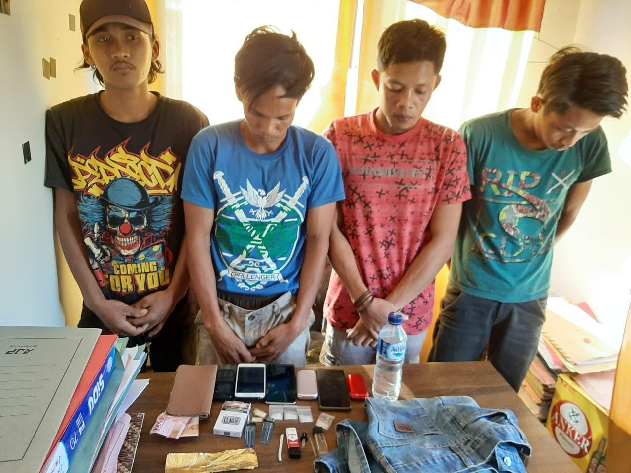 Gambar Pesta Sabu, 4 Pemuda di Mateng Diamankan