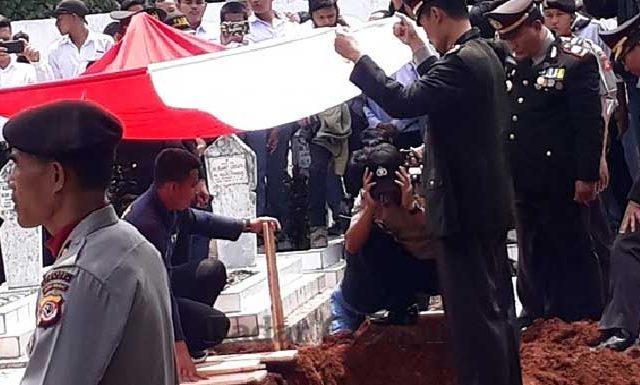 Gambar Pelaku Pembakaran Polisi di Cianjur Terancam Hukuman Mati