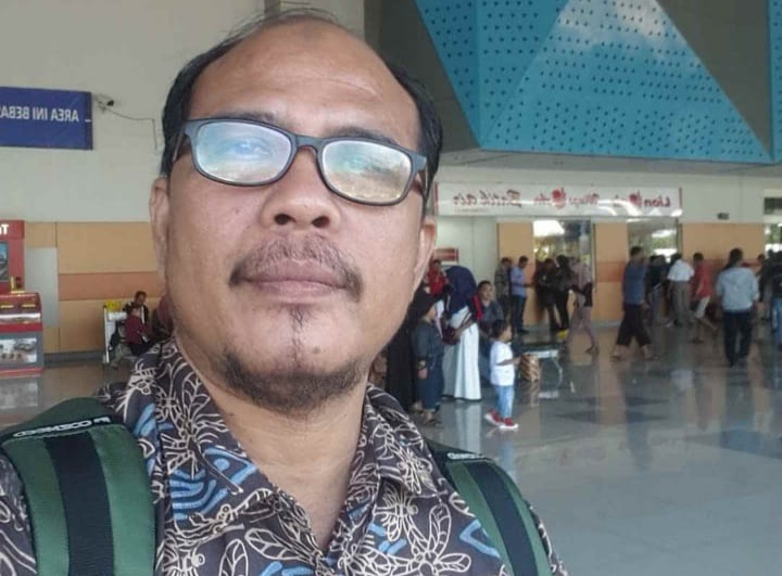 Gambar Kepala Kemenag Sulbar Diduga Langgar Pasal 207 Tahun 2013
