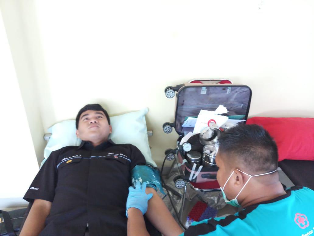 Gambar HUT Brimob ke 74 Polda Sulbar: Bakti Kesehatan dan Donor Darah