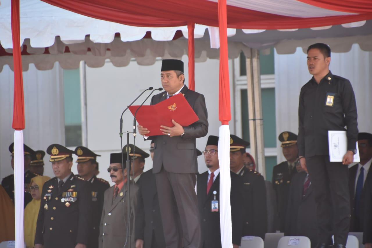 Gambar Gubernur Sulbar Salah Lagi Baca Pancasila. Kok Bisa?
