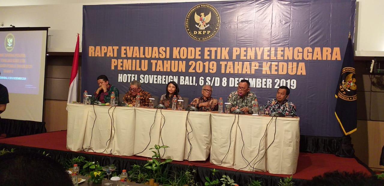 img DKPP Evaluasi Penegakan Kode Etik Penyelenggara Pemilu 2019