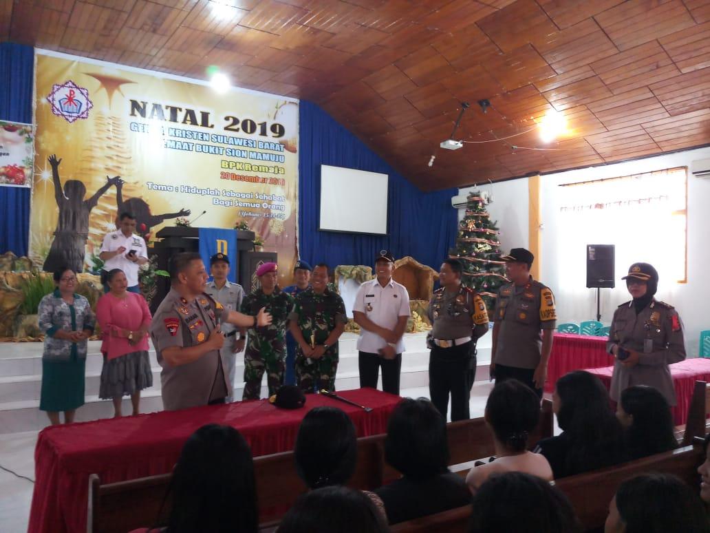 Jelang Natal, Kapolda Sulbar Kunjungi Gereja-Gereja