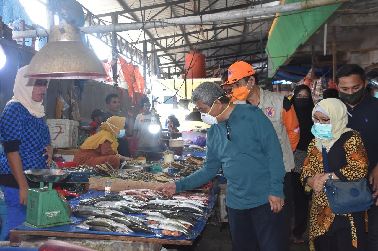 Gambar Info Harga Naik, Gubernur Langsung Turun ke Pasar