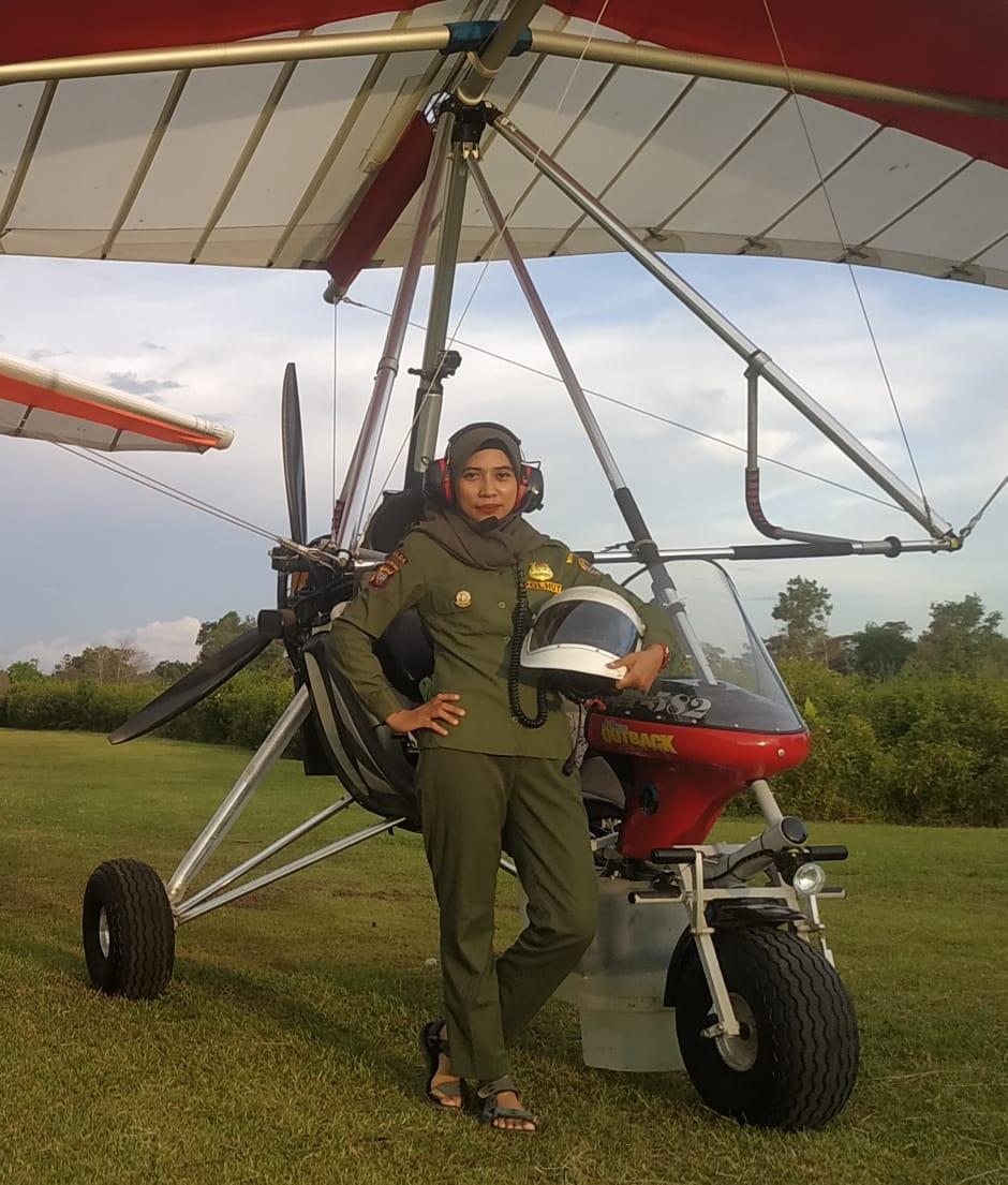 Duo Srikandi KLHK Gapai Mimpi Jadi Pilot Pesawat Ultralight Trike