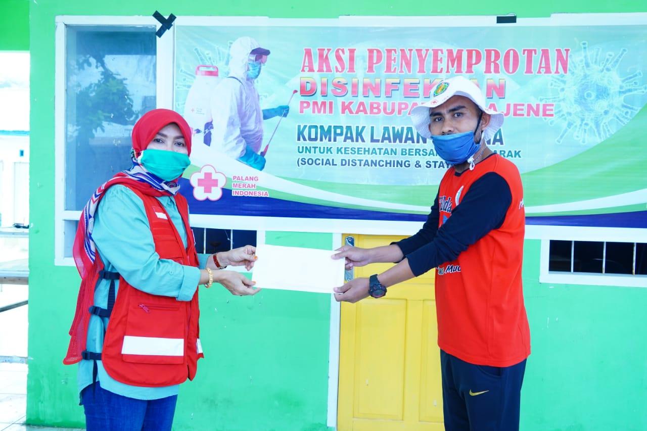 Gambar PMI Majene bersama Dompet Dhuafa Sulbar Peduli Covid-19