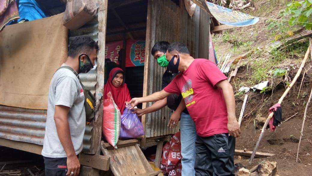 Gambar Polresta Mamuju, Kodim 1418, AAS dan Marasa Membantu Warga di Padang Panga