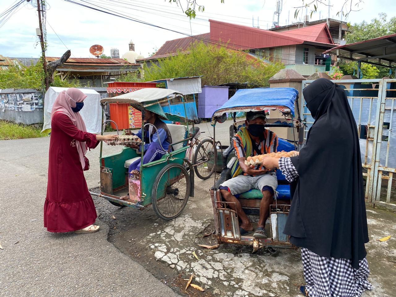 Gambar Berburu Berkah Ramadhan, Bhayangkari DTT Sulbar Berbagi Sembako