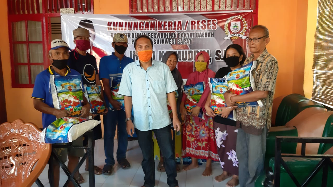 Sangat Humanis, Begini Gaya Irbad Kaimuddin Berbagi di Tiga Kecamatan