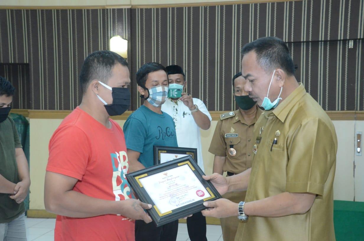 Gambar Bupati Fahmi Apresiasi Warga yang Kembalikan BLT