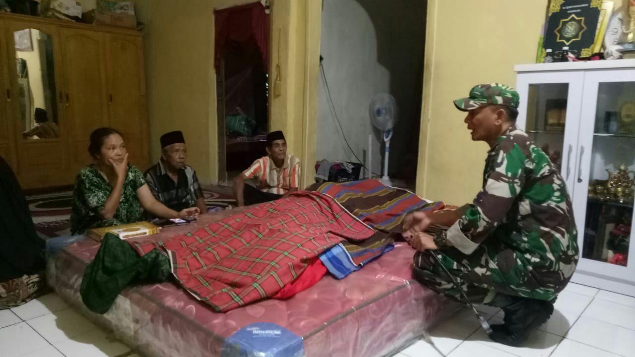img Dandim Majene Semangati Keluarga Almarhum H Sainal Abidin