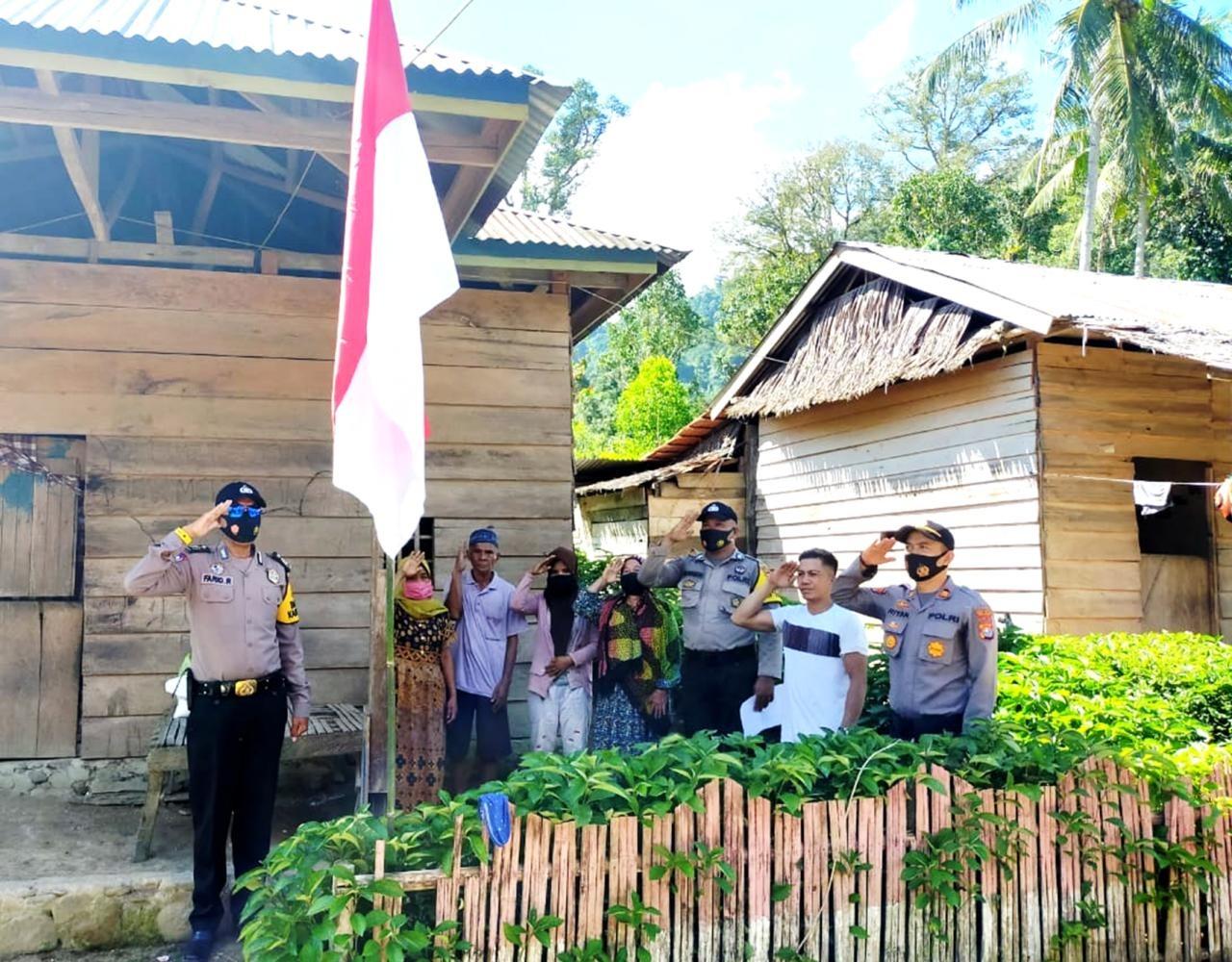 img Polsek Malunda Laksanakan Sambang Merah Putih
