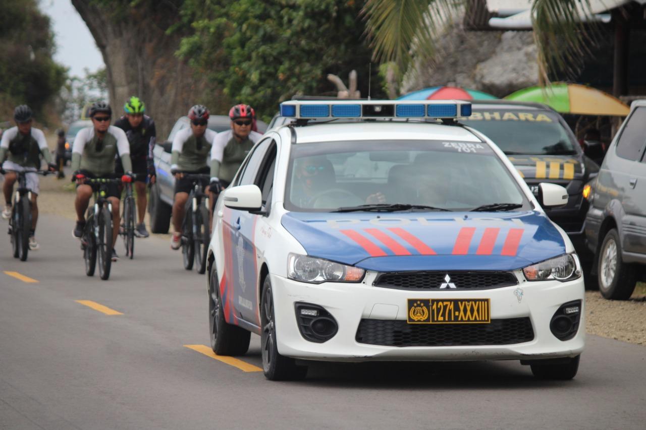 Gambar Kapolda Sulbar Kunjungi Wilayah Kerja dengan Bersepeda
