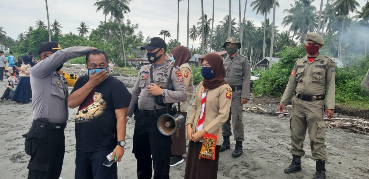 Gambar Polres Pasangkayu dan Satpol PP Gelar Operasi Yustisi di Pantai Tanjung Babia
