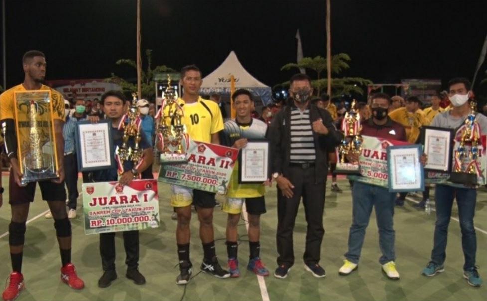Garuda Jaya Juara Turnamen Bola Voli Danrem  Cup I