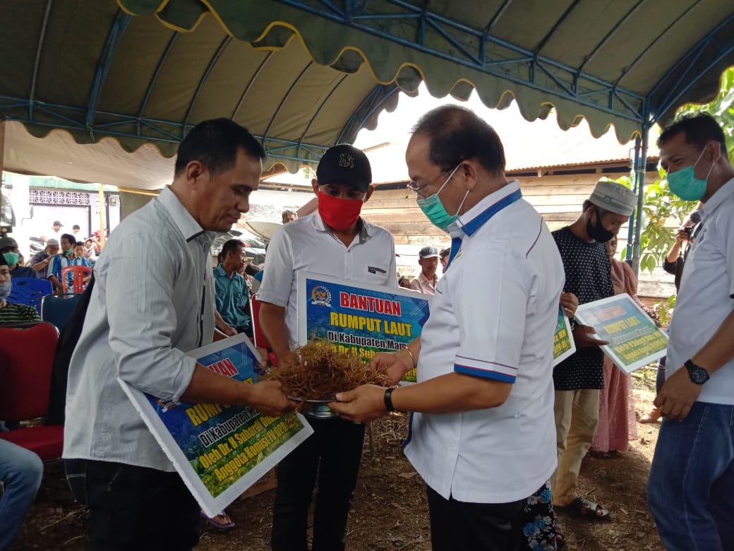 SDK dan KKP Salurkan Bantuan pada Nelayan